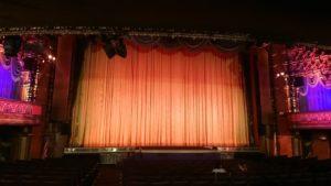 エル・キャピタン劇場ステージ
