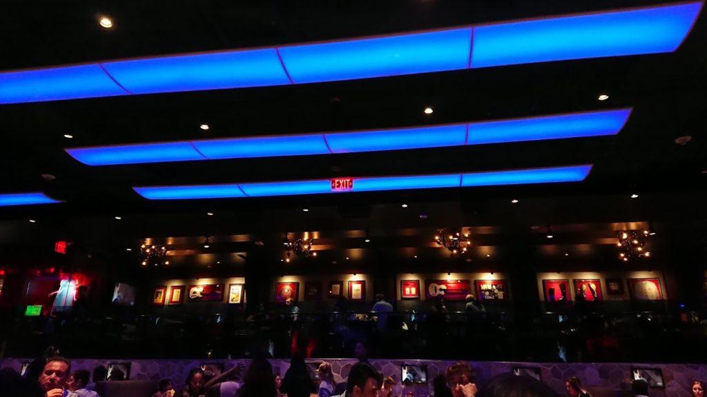 ハードロックカフェ2階